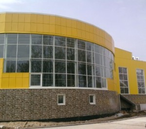 фото остекленного здания